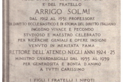 Lapide presente all'Università di Pisa